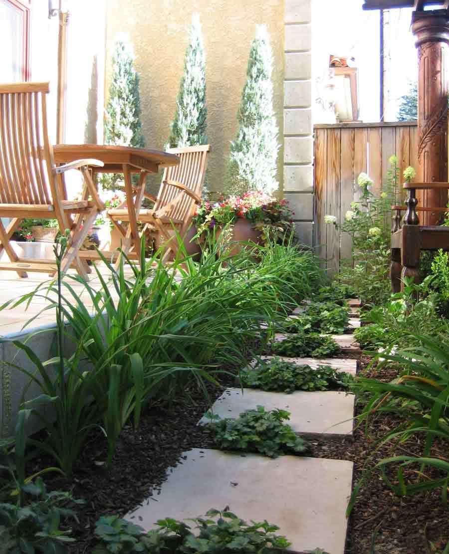 Urban tuscan style garden and landscaping design for Outdoor spaces landscaping